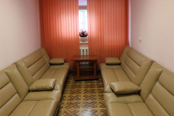 Перетяжка мебели в клинике ВЗГЛЯД