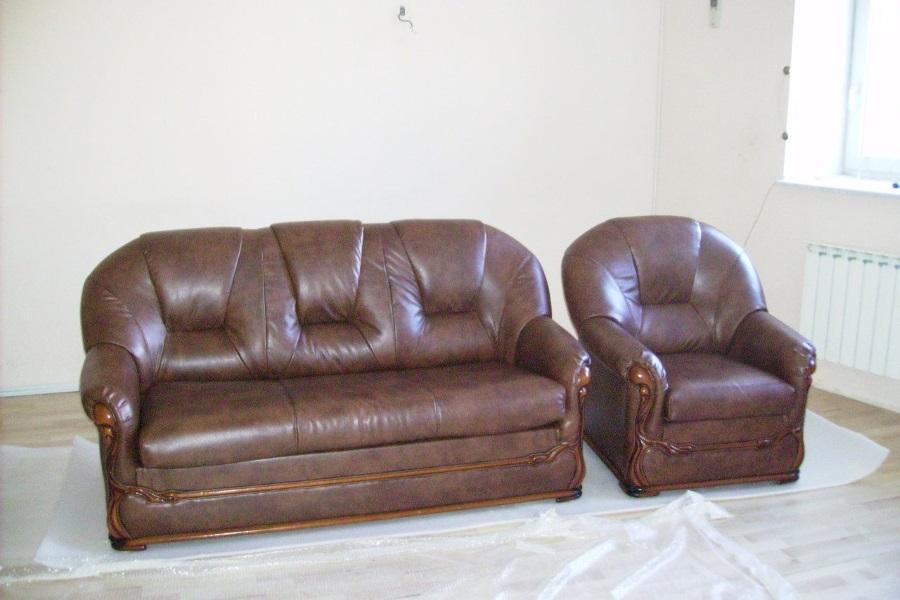 Перетяжка кожанного дивана и кресла №1