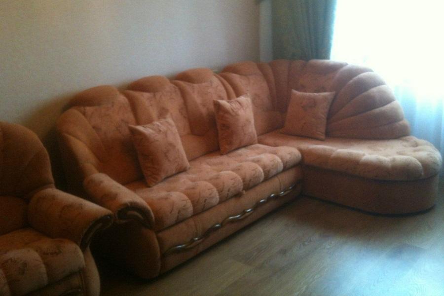 Перетяжка углового дивана и кресла №7